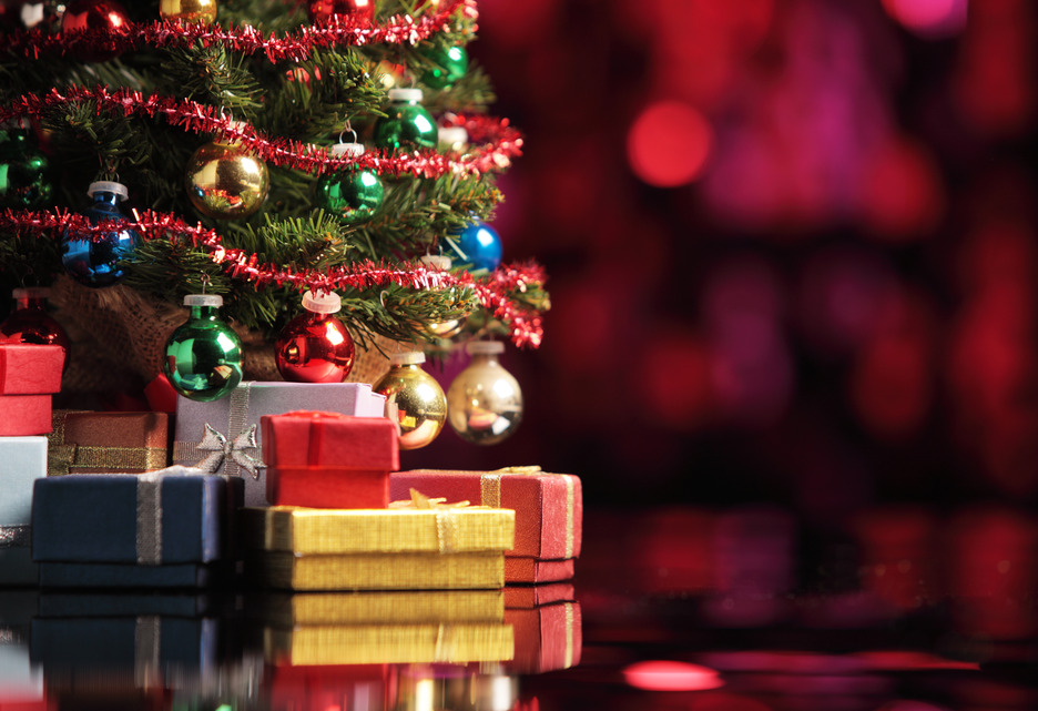 7 Ways You Can Help Others This Christmas